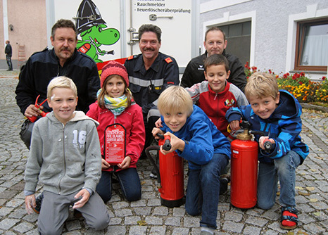 Räumungsübung Volksschule Kürnberg Kinder